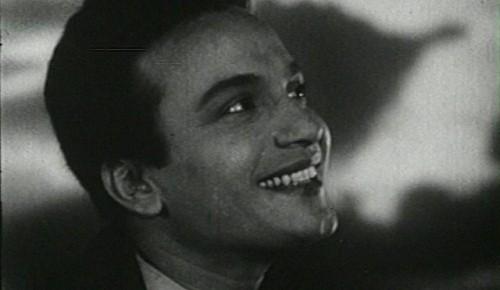 Image result for মহানায়ক উত্তম কুমারের হাসি